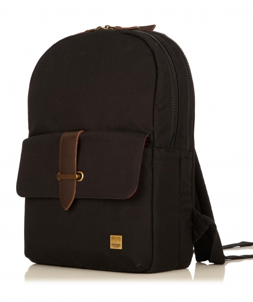 Knomo Bude Backpack | Top 10 Travel accesories for your trip to Cusco