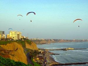 Paragldiing in Miraflores, Lima Peru.