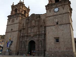 Catedral Basílica San Carlos Borromeo in Puno