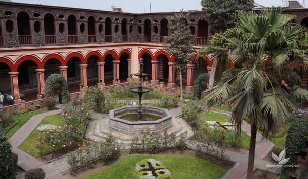 Santo Domingo Convent | What to See in Lima in Two Days